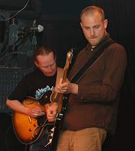 Photo: Mårten Olsson t.v. & Svante Adermark t.h. Mud Hole Stompers @ Café Hängmattan 18 maj 2005