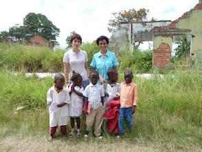 Photo: Llegan a la escuela con poco material pero con deseos de aprender