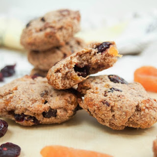 Healthy cranberry apricot cookies (vegan, GF)