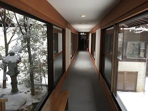Photo: 両サイドは雪景色