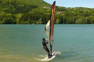 Photo: Il vento spinge i surf......