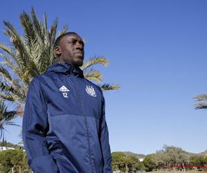 """Appiah kon weg in de winter: """"Maar dan vecht ik liever voor mijn plaats bij Anderlecht"""""""