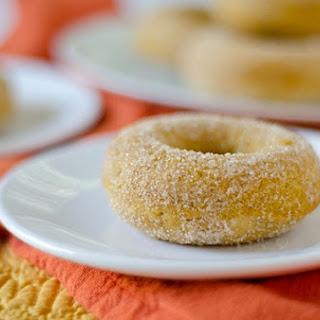 Healthier Baked Pumpkin Doughnuts {Recipe}