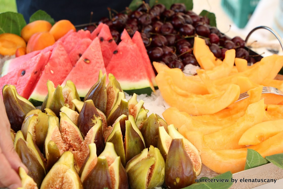 fruit, summer, finger food, buffet, fancy buffet, vegan