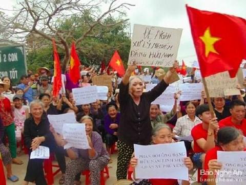 Nguyễn Đình Thục, Đặng Hữu Nam, Phan Văn Lợi, Nguyễn Thái Hợp