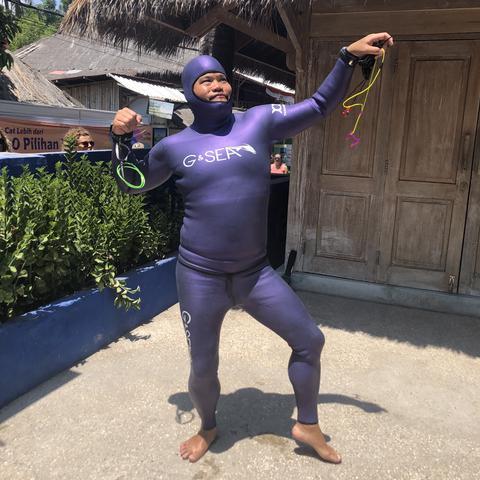 g & sea purple freedive wetsuit