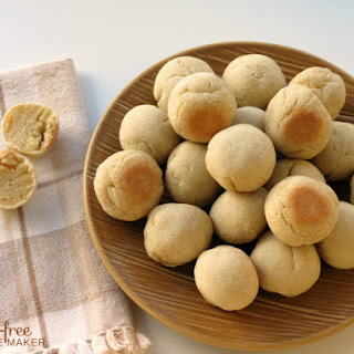 Cassava Coconut Paleo Bread Balls.