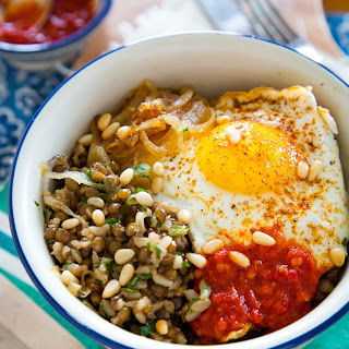 Brown Rice Bowl with Lentils, Caramelized Onions & Fried Egg