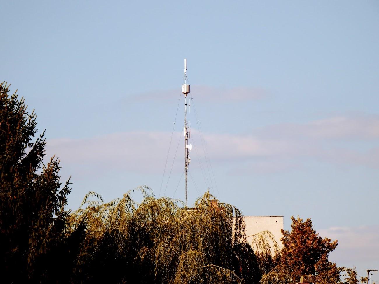 Tapolca/Batsányi János utca 5.A. - helyi DVB-T adóállomás
