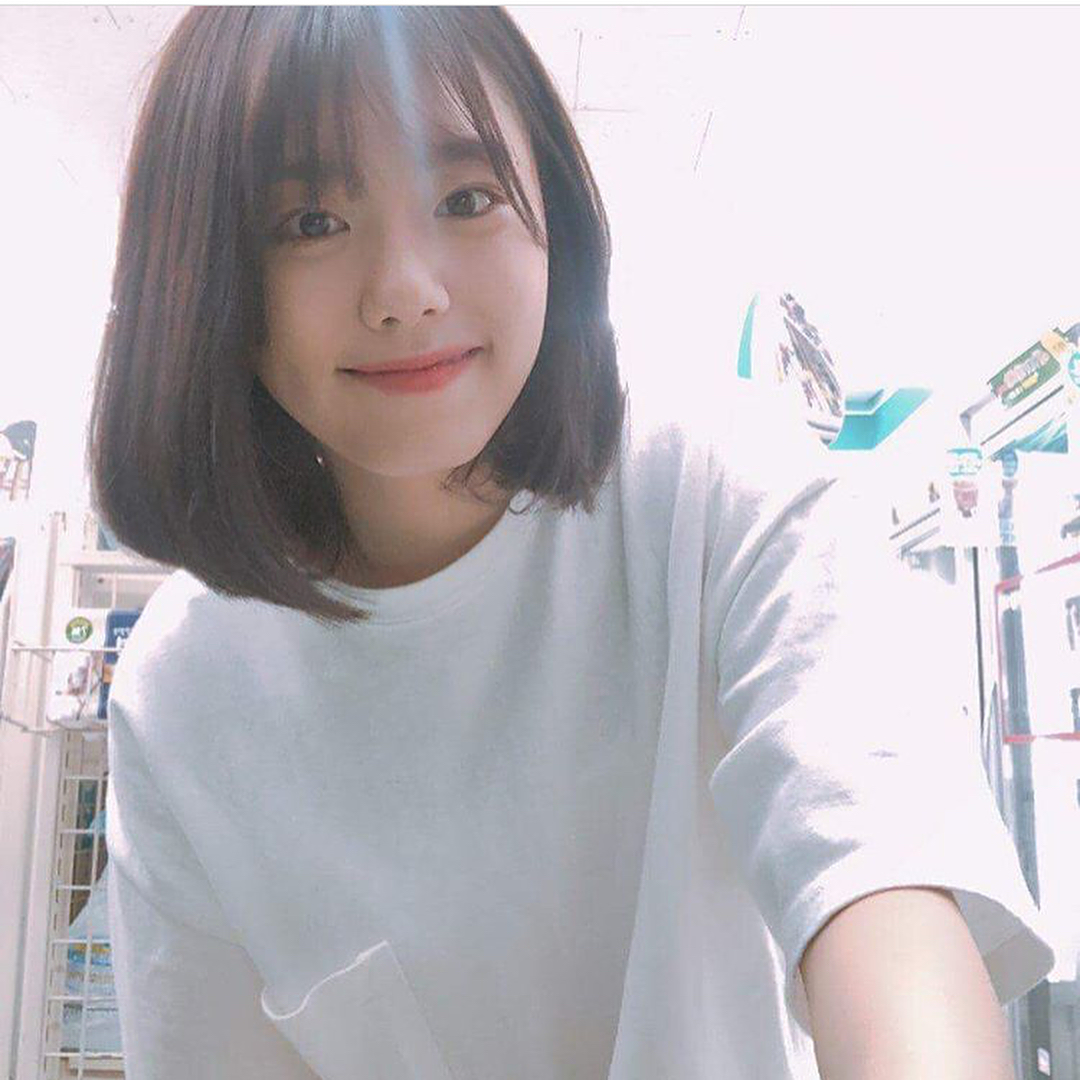 Kim Sohye Surprised Her Fans By Posting Some Selfies On Sns