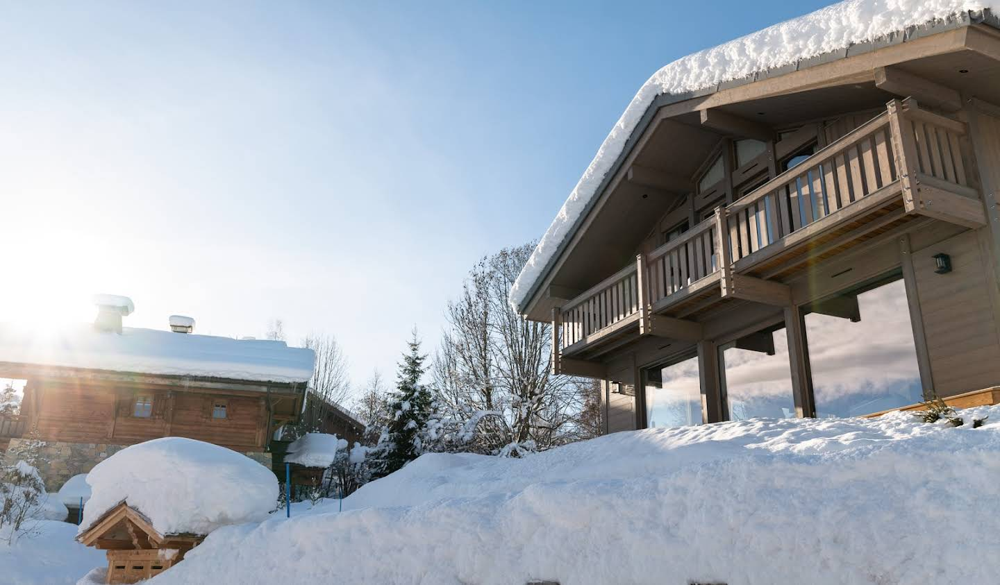 Chalet with panoramic view and terrace Combloux