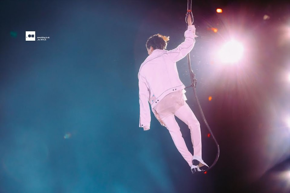 jk-fliying