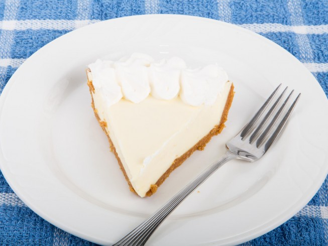 Cool 'N Easy Lemon Jello Pie Recipe