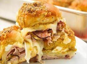 Baked ham and cheese buns