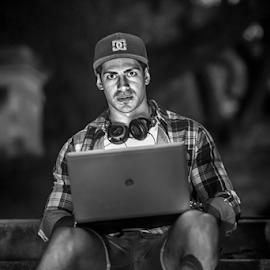 Leandro by Edi Libedinsky - People Portraits of Men ( computer, black and white, cap, laptop, light, man,  )