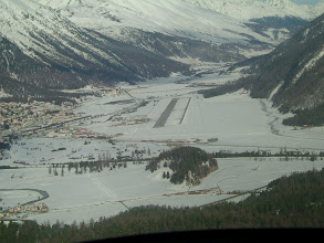 Photo: Going into downwind runway 21 of the Engadin Airport http://www.swiss-flight.net