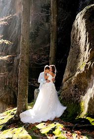 Svatební fotograf Andrіy Opir (bigfan). Fotografie z 10.12.2018