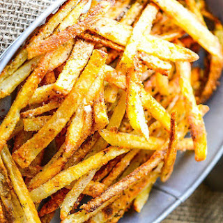 Extremely Crispy Oven Baked French Fries.