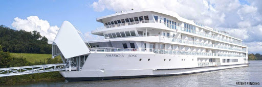 american_song_bow_gangway.jpg - Stroll up the gangway to begin your American Song voyage along the Mississippi.