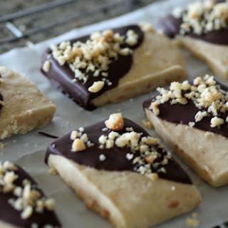 Macadamia Shortbread Cookies.