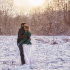 Wedding photographer Valentina Kiryanova (akvamarin68). Photo of 14.01.2016