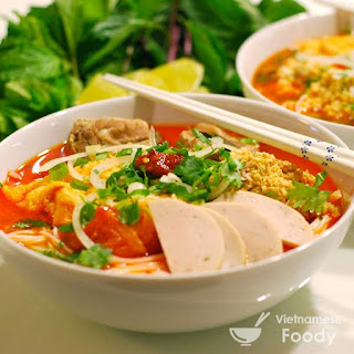 Vietnamese Crab with Tofu and Rice Noodle Soup (Bun Rieu Recipe)