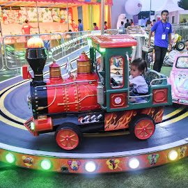 by Koh Chip Whye - City,  Street & Park  Amusement Parks