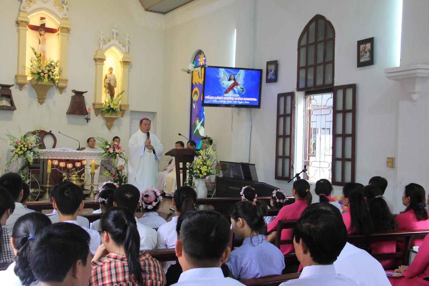 Giáo xứ Ngạn Sơn: Thánh lễ Bổn mạng và Làm phép Nhà mới - Ảnh minh hoạ 15