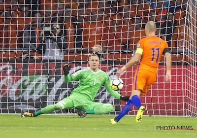 """Oranje leeft op hoop: """"10 10 10"""", twitter gaat stuk - en ook Marc Coucke komt zich mengen"""