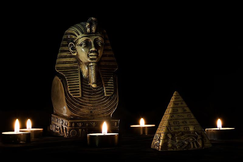 plastic mystic Egypt di Rino Lio