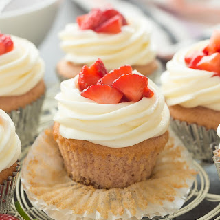 Strawberry Cheesecake Cupcakes (VIDEO) and GIVEAWAYS! (a 3rd Blog Birthday).