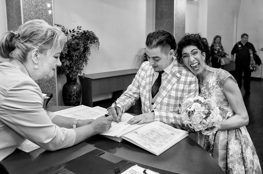婚礼摄影师Vali Negoescu(negoescu)。21.09.2018的照片