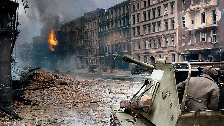 Watch Berlin 1945 live
