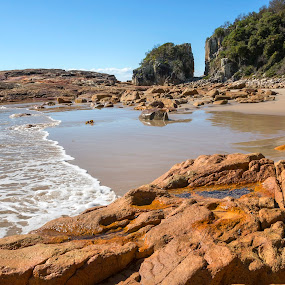 Incoming Water by Geoffrey Wols - Landscapes Beaches ( sand, rocks, beach, water, diamond head,  )