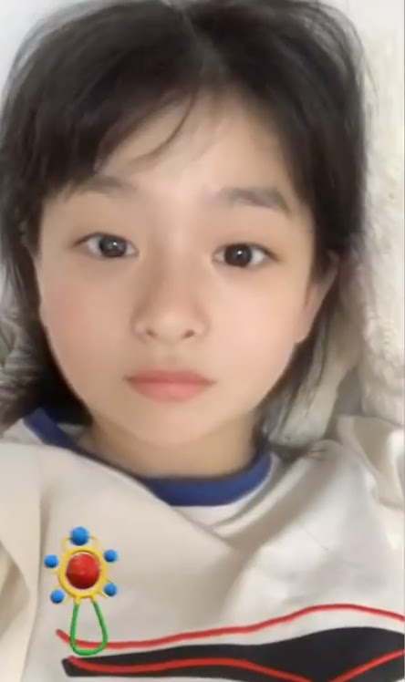 This Red Velvet Member Tried out the Baby Filter and Looked