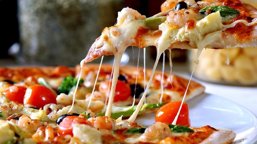 Pizza con base de fajitas.
