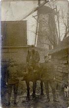 Photo: 1914-1918 Korenmolen De Negen Gebroeders op de Beek  (in de mobilisatietijd)