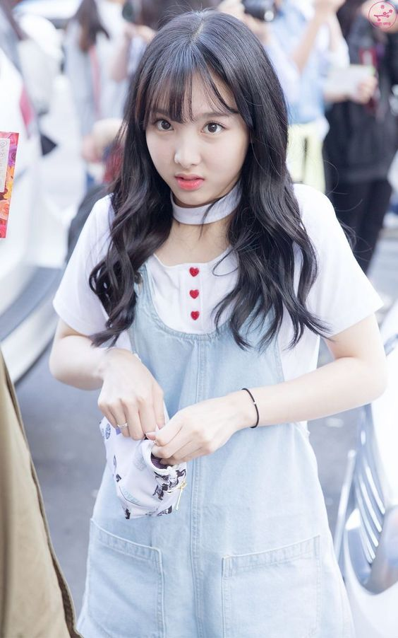 nayeon choker 7