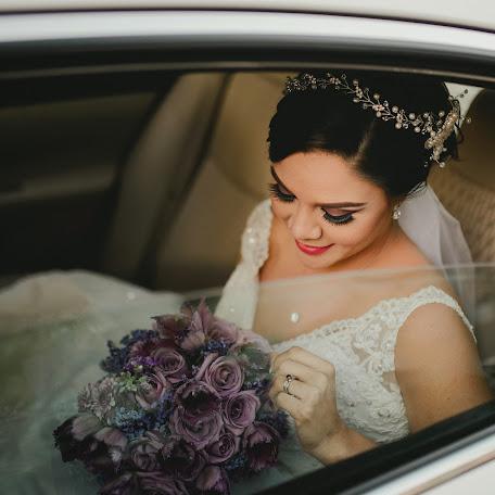 Fotógrafo de bodas Carlos Velázquez (carlosvelazquez). Foto del 18.01.2017