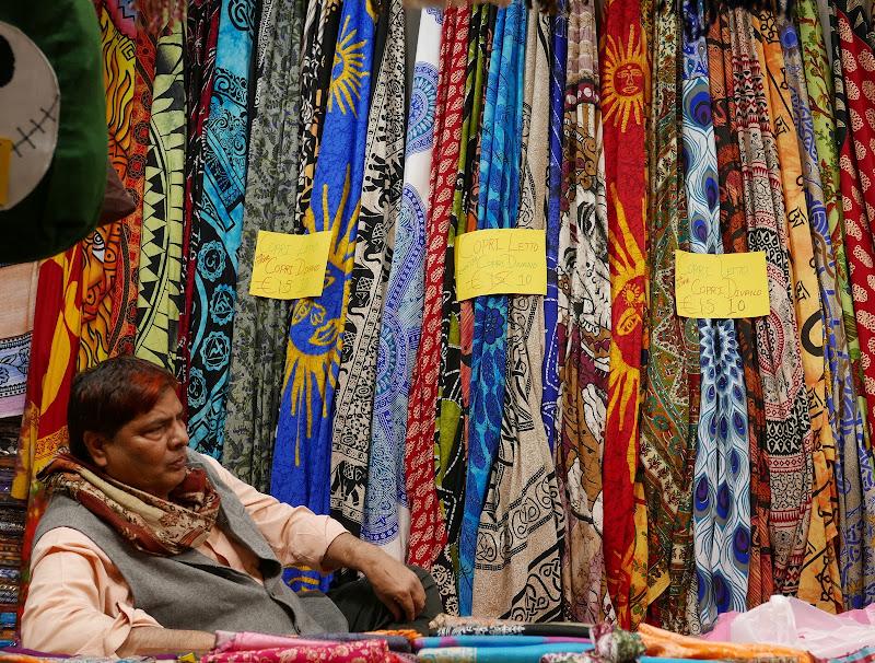 Venditore di foulards di pietros3