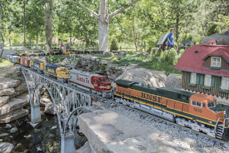 Photo: The nearly 40 car train - with the first two locomotives pulling the consist.