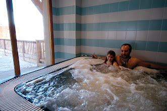 Photo: Jacuzzi en famille