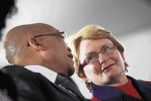 President Jacob Zuma and DA leader Helen Zille  File photo.