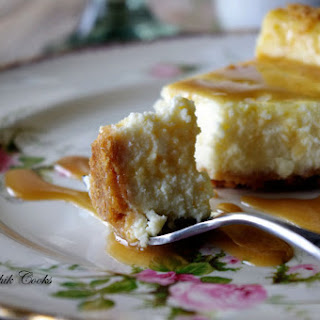 Bailey's Irish Cream Cheesecake with Ritz Cracker Crust