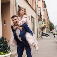 Wedding photographer Natalya Rodionova (wedsmile). Photo of 18.09.2017