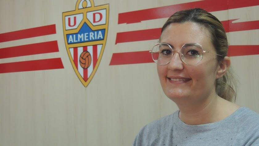 Lorena García en el club del Almería.