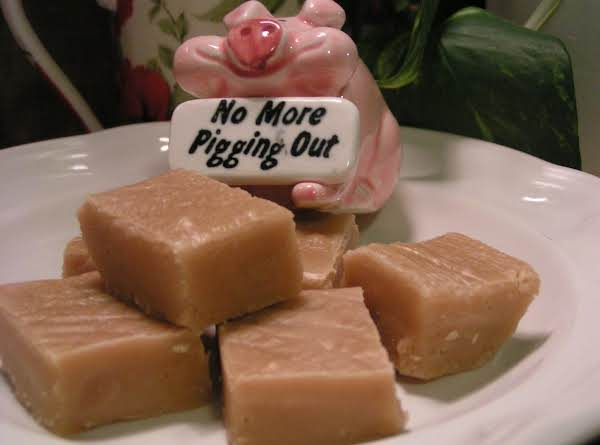 Pigging Out Peanut Butter Fudge - Dee Dee's Recipe