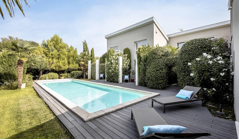 Villa avec piscine et jardin Tournefeuille
