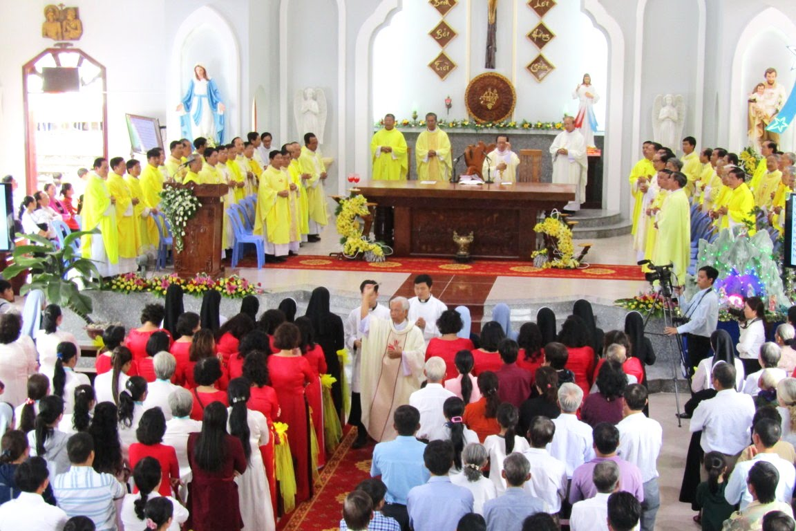 Ngày Hành Hương Mừng Bổn Mạng Giáo Phận Long Xuyên, tại GX Hòn Chông - Ảnh minh hoạ 14