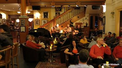 Photo: Musikunderhållning i baren på Salzburger Hof. Trevligt.
